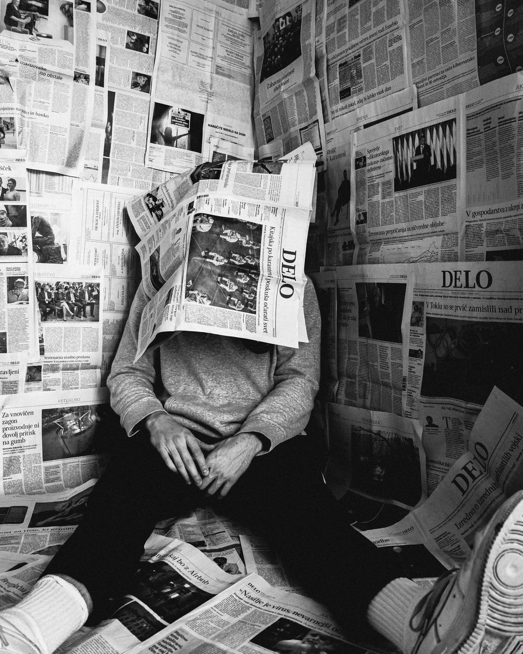 Zeitung negativ