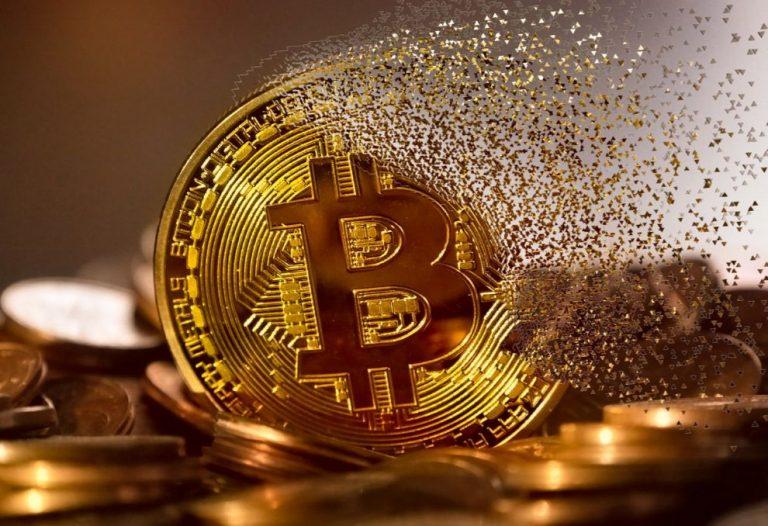 Bitcoin Zerbröselnde physische Bitcoinmünze